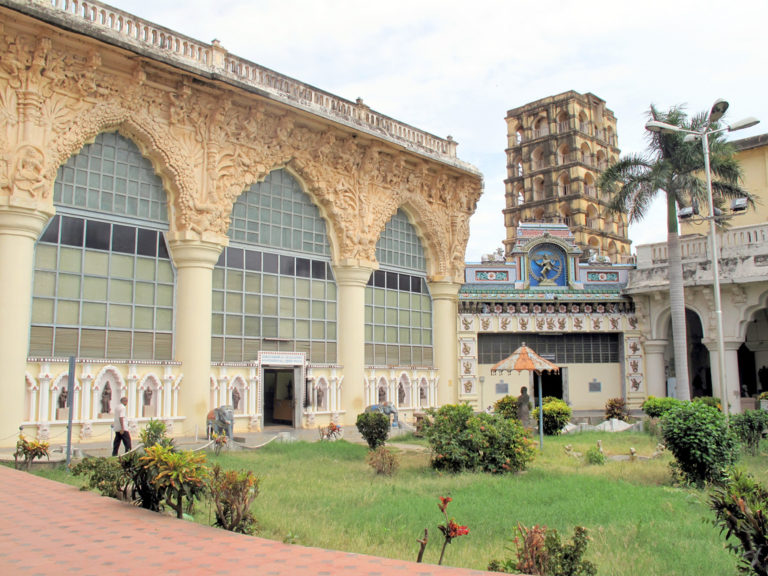 Arts Bronze Gallery Palace Thanjavur